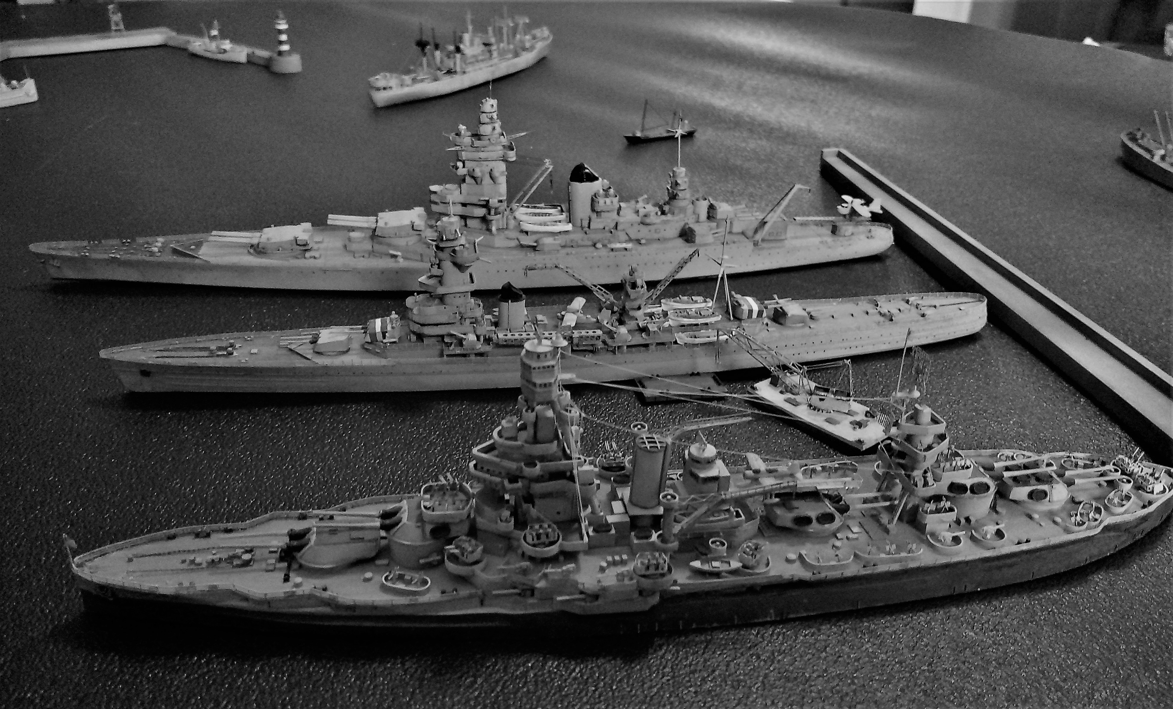 Diorama base navale 1/700 - Page 4 CgNKVuF68